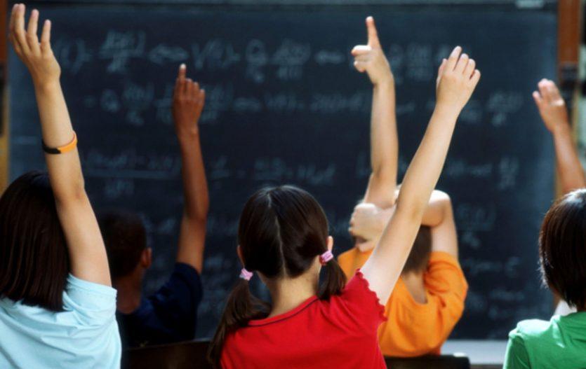 Povinnosti předškoláka, aneb s čím vám dítě doma může pomoci?