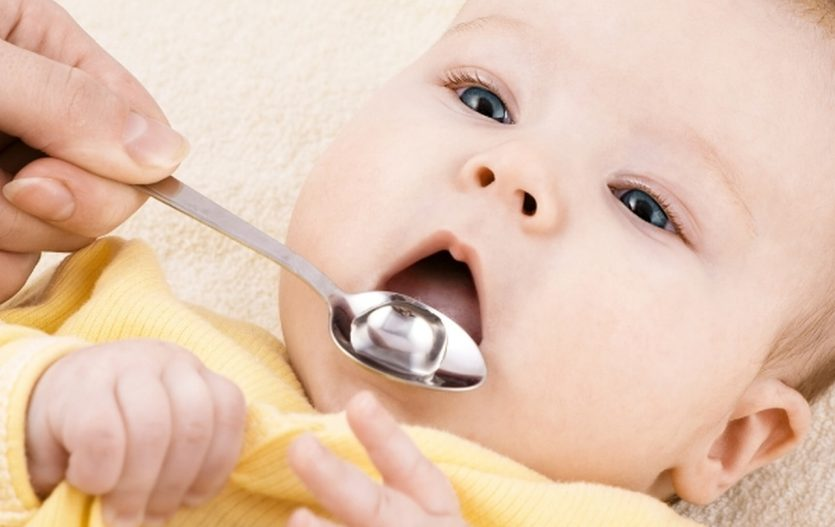 Když miminko trápí prdíky, aneb co platí na bolení bříška?