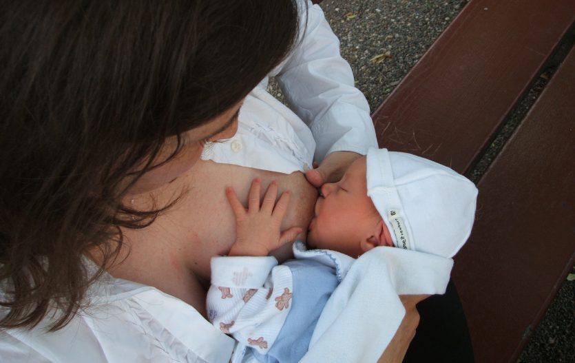 Kojení po porodu