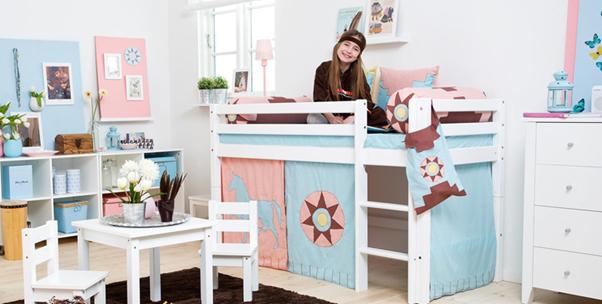 První vybavení do dětského pokoje: co potřebujete pro novorozeně do jeho pokojíčku