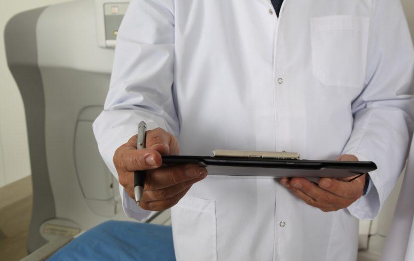 Jak se zbavit syndromu bílého pláště?