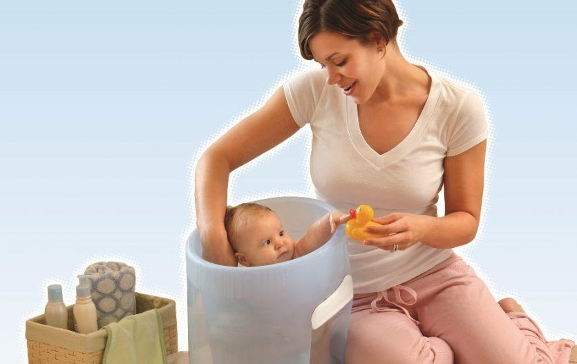 Vaničkám odzvonilo – teď se miminka koupou v kyblíku!