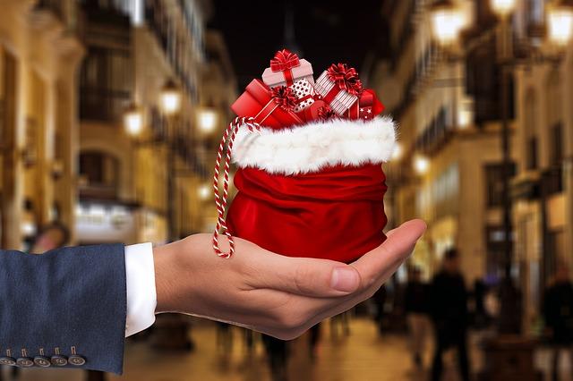 Slevové kupony – sázka na jistotu při výběru vánočního dárku